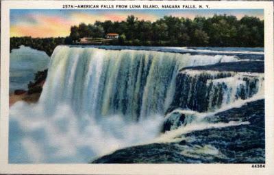 Niagra Falls Vintage Postcard