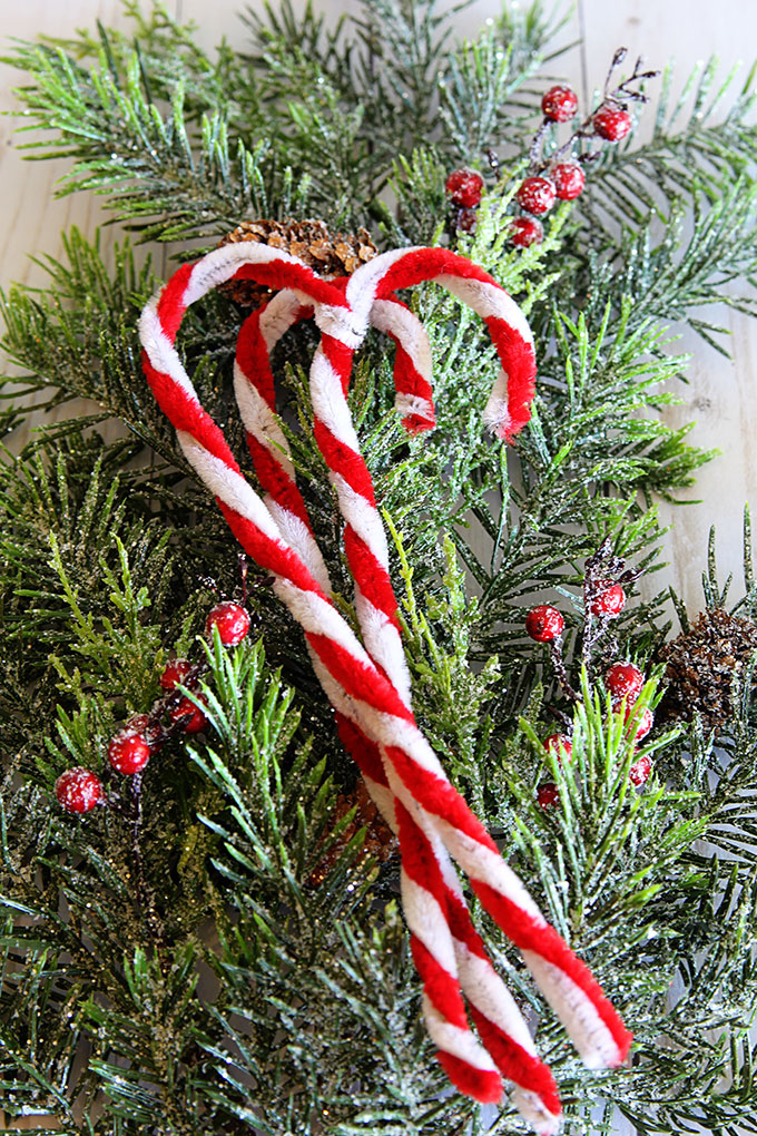 diy pipe cleaner candy canes 5833 - Vintage Pipe Cleaner Christmas Decorations