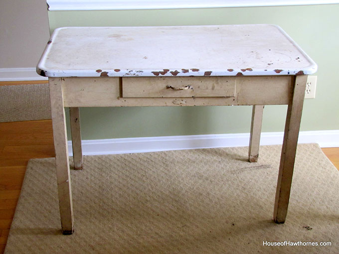 A vintage enamel topped baking table used for rolling out pie crust and cutting out biscuits and cookies. A workhorse of the 20th century kitchen!