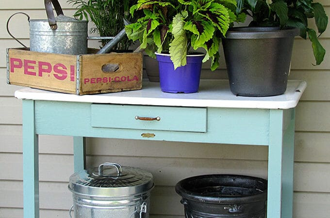DIY-Potting-Table-House-Of-Hawthornes