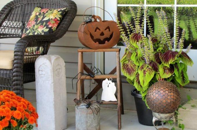 Halloween Step Ladder