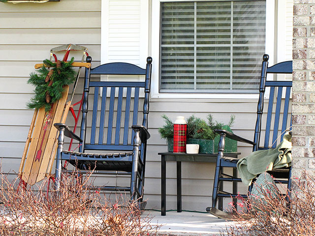 Winter Porch Decorating Ideas Part - 19: Festive DIY Winter Front Porch Decor Including Lots Of Vintage And Thrift  Store Decorating Ideas.