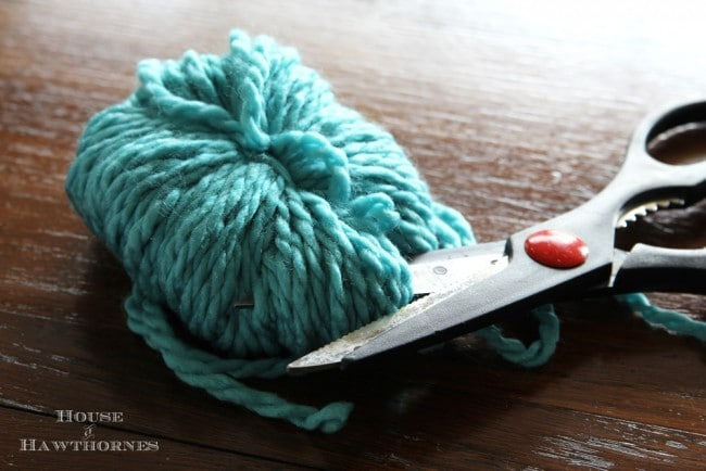Fun and easy DIY pom pom tutorial for ice skates and home decor