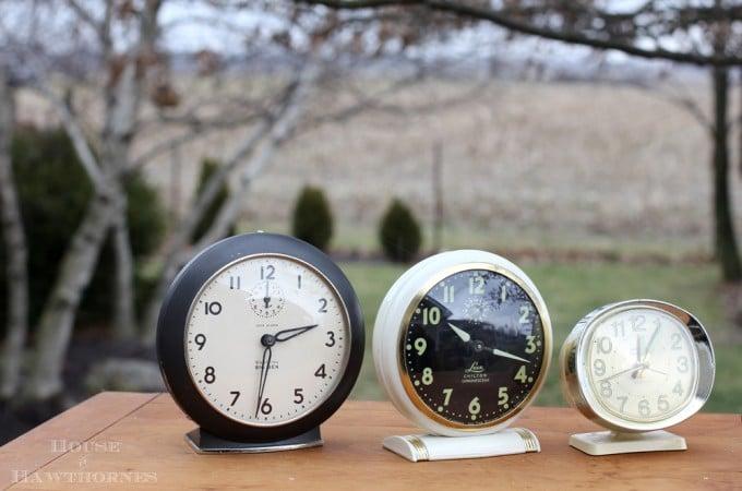 Vintage-Clocks-4196