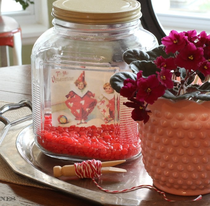 Quick And Easy Valentine's Day Decor