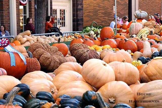 Circleville Pumpkin Show @ HouseOfHawthornes.com