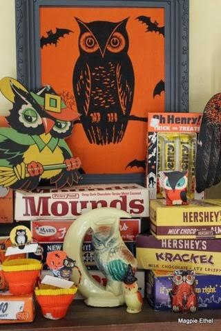 Fun vintage Halloween owls at Magpie Ethel's @ magpieethel.typepad.com