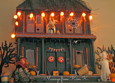 Halloween themed dollhouse from Musings From Kim K @ kenward.blogspot.com