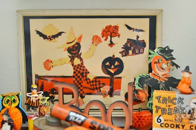 Fun vintage Halloween decor at The Adventure Of Two Pyrex Crazy Thrifting Sisters @ pyrexthriftersisters.blogspot.com
