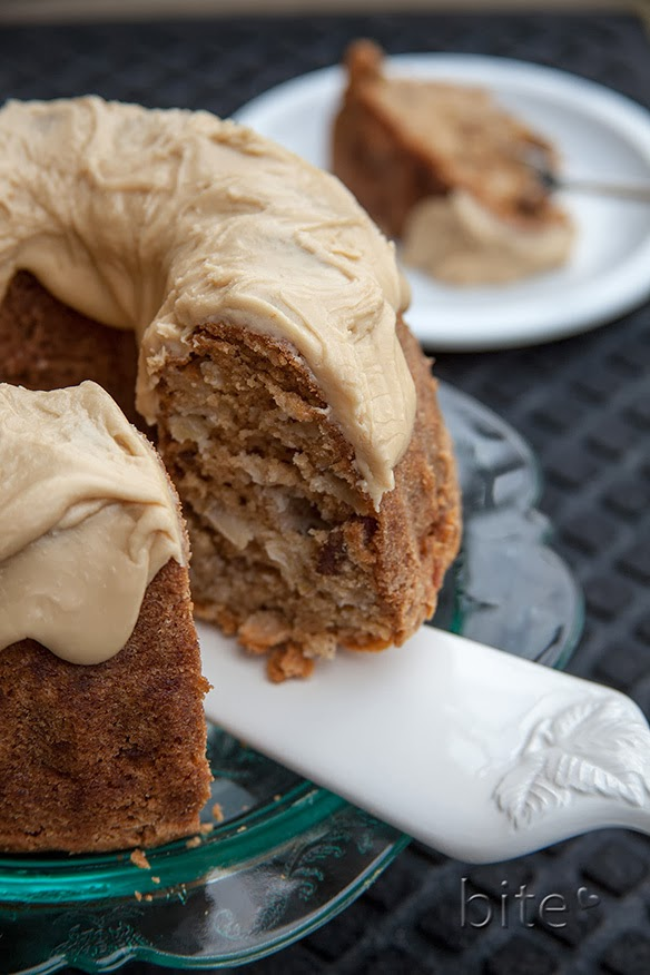 had seen this recipe for Chunky Apple Walnut Cake that Michelle at ...