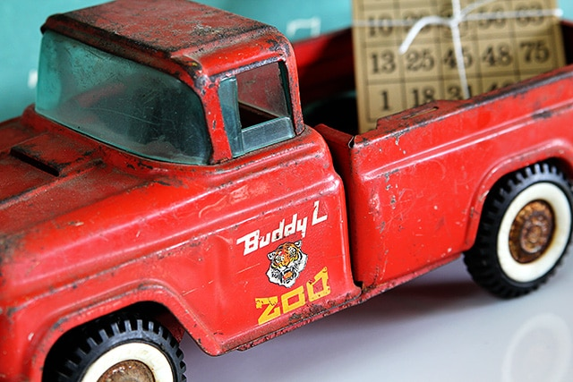 Vintage Buddy L Zoo Truck