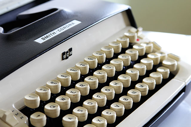 1960's Royal Galaxie Typewriter