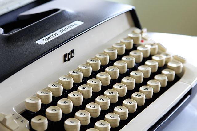 1960's Royal Galaxie Typewriter