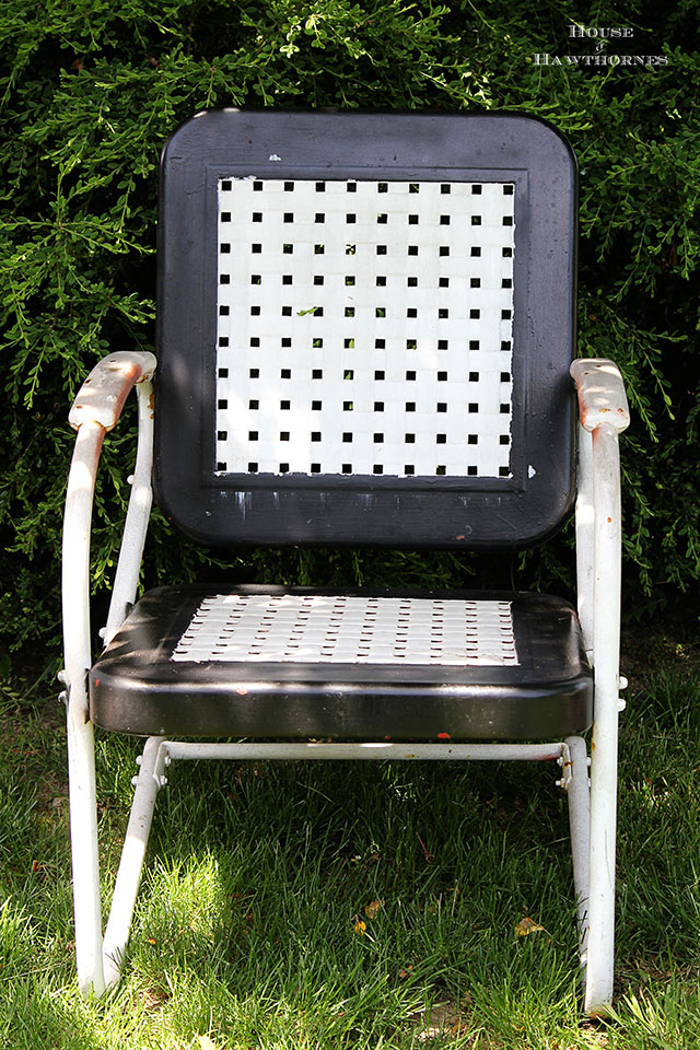 Painting A Vintage Metal Lawn Chair House of Hawthornes