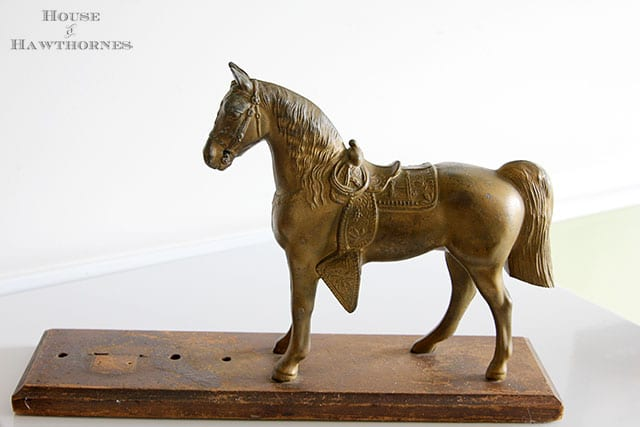 Vintage horse trophy that used to be part of a clock along with other vintage yard sale finds at houseofhawthornes.com