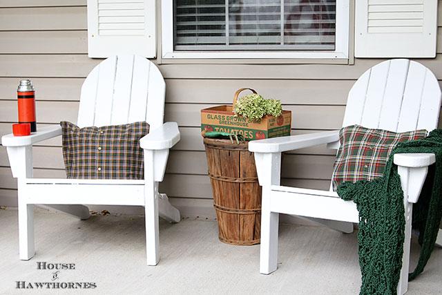 Eclectic Vintage Farmhouse Rustic Fall Porch via houseofhawthornes.com