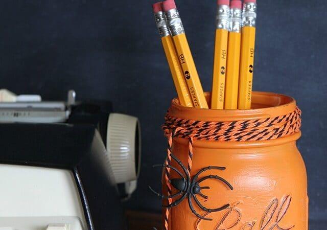 Halloween Mason Jar project