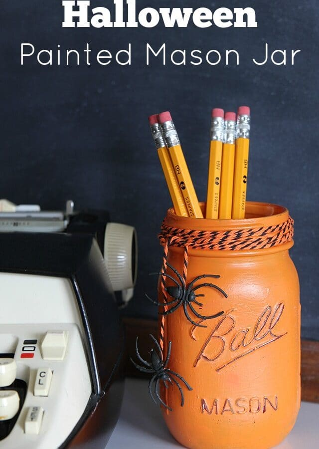 Painted Mason Jar Halloween Craft