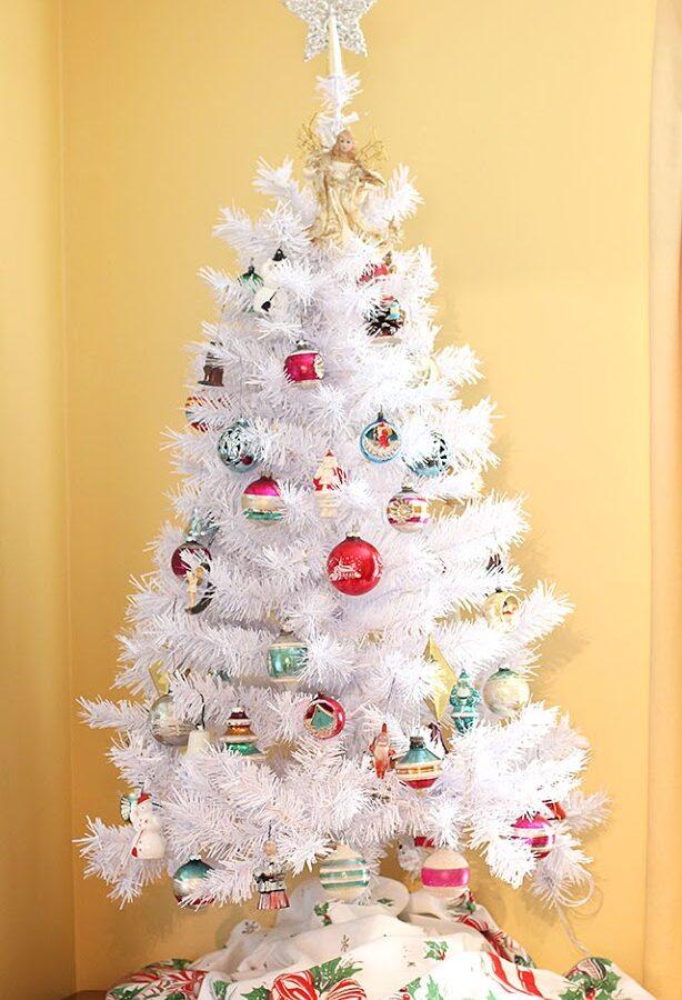 White Christmas Tree Lover Here