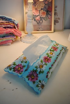 Vintage Hankie Tissue Holder