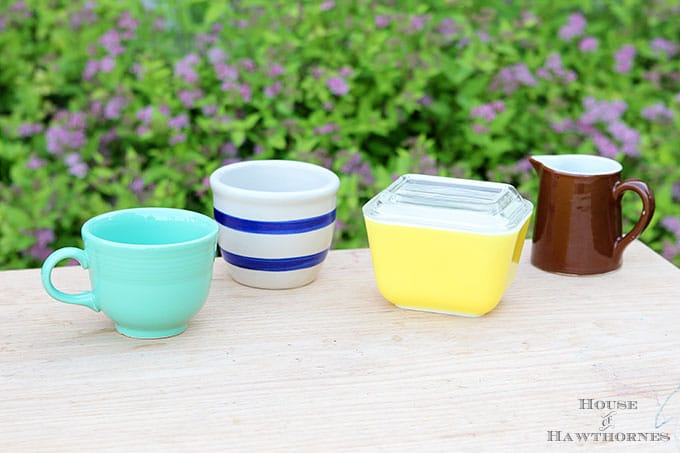 Vintage Pyrex, Fiestaware, Roseville and Hall pottery and kitchenware