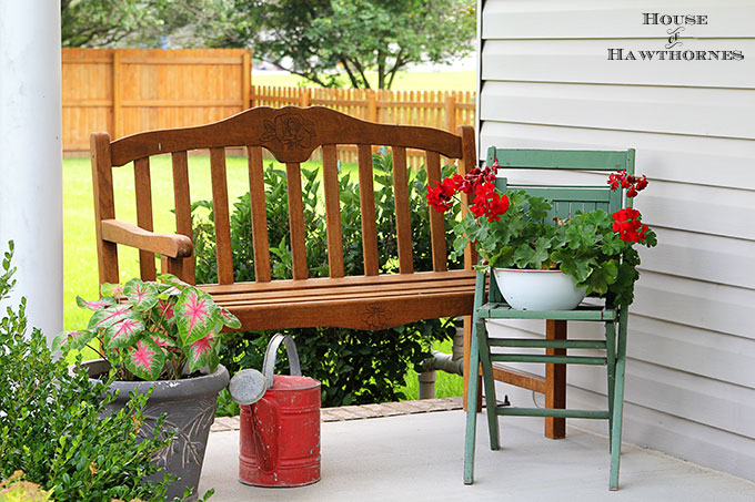 Summer back porch decorating ideas with an eclectic style. Easy DIY and decor inspiration for your porch or patio this summer.