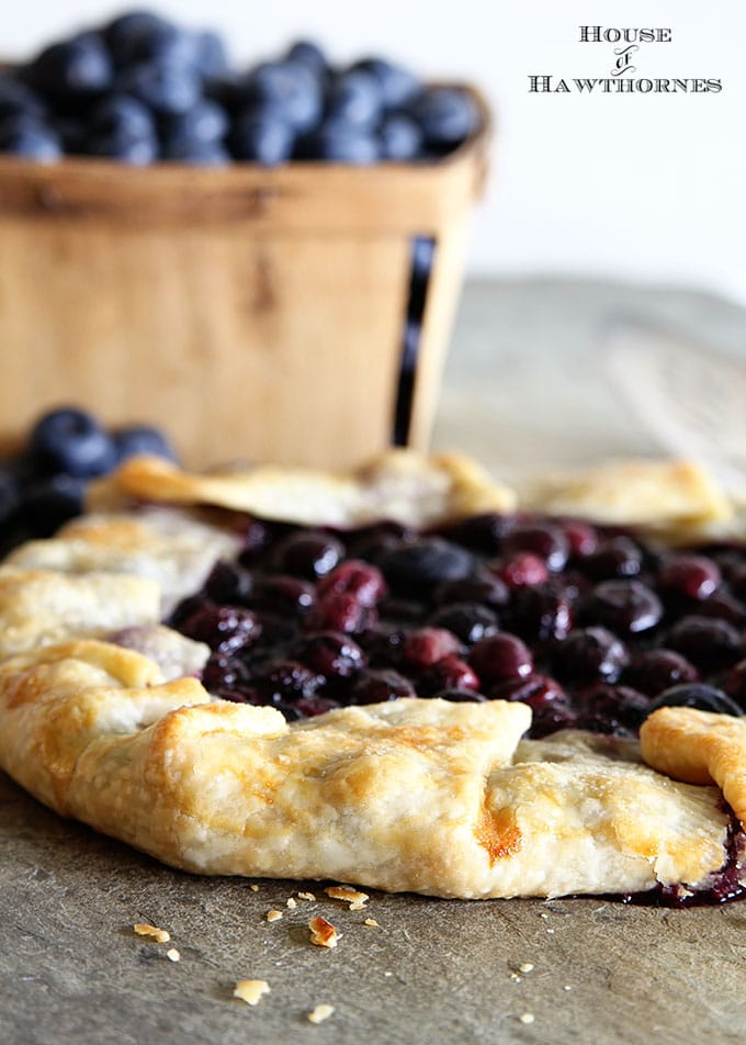 A 30 minute Blueberry Crostata Recipe.