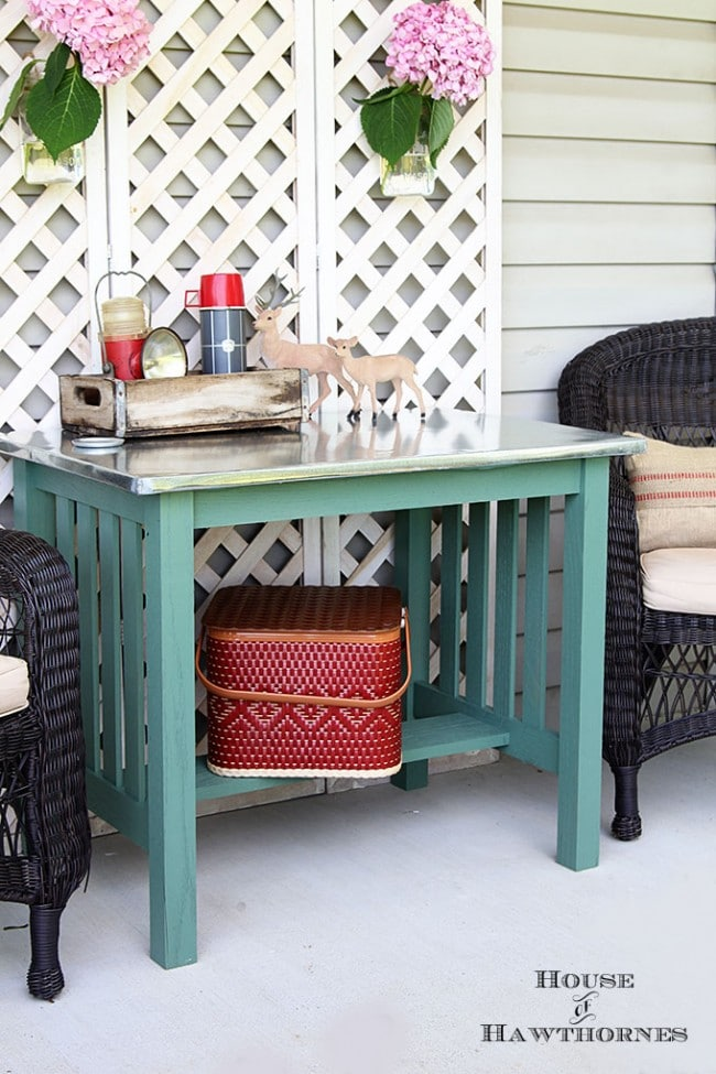 DIY instructions for making a zinc topped table. Dining table could be used inside or outside. Galvanized sheet metal was used to keep the cost low.