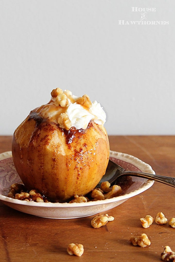The BEST Baked Apple Recipe! This classic fall dessert is super easy to make in either your crockpot or oven. Your family will love it!