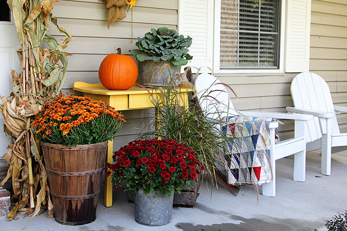 Fall porch decor modern farmhouse style. Sometimes a traditional look is just what you need to get you in the mood for fall!