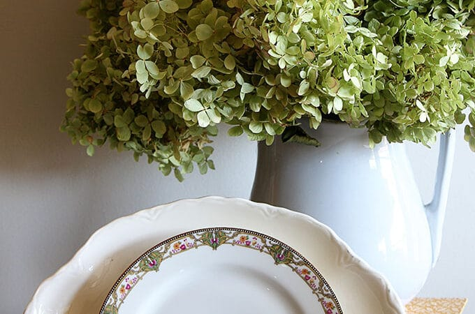 Finding Inexpensive Dinnerware
