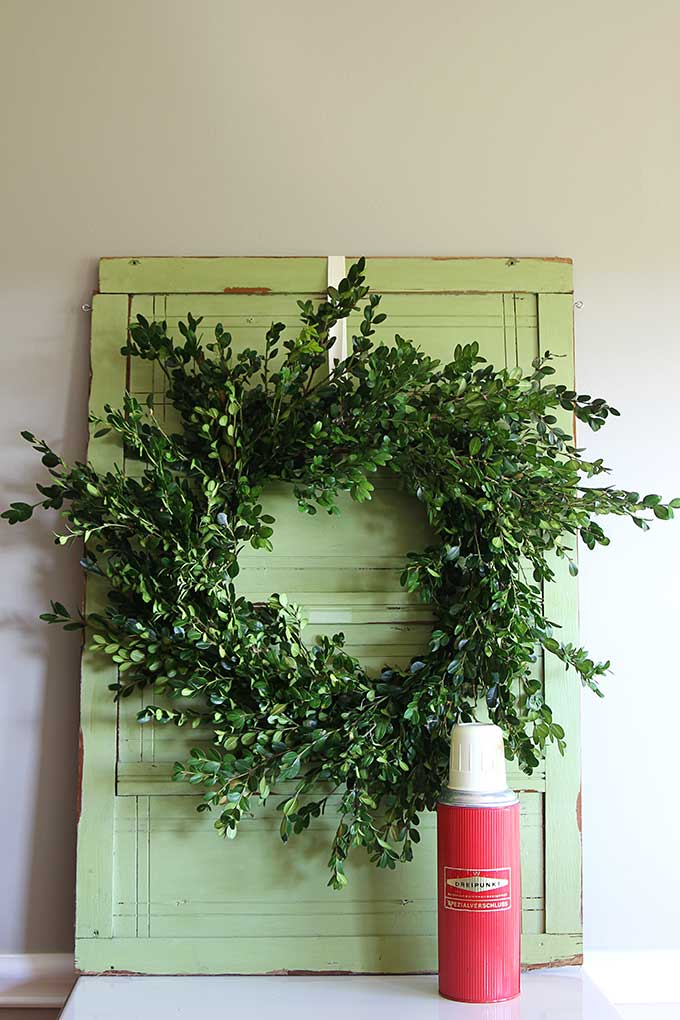 Quick Easy Boxwood Wreath Tutorial House Of Hawthornes