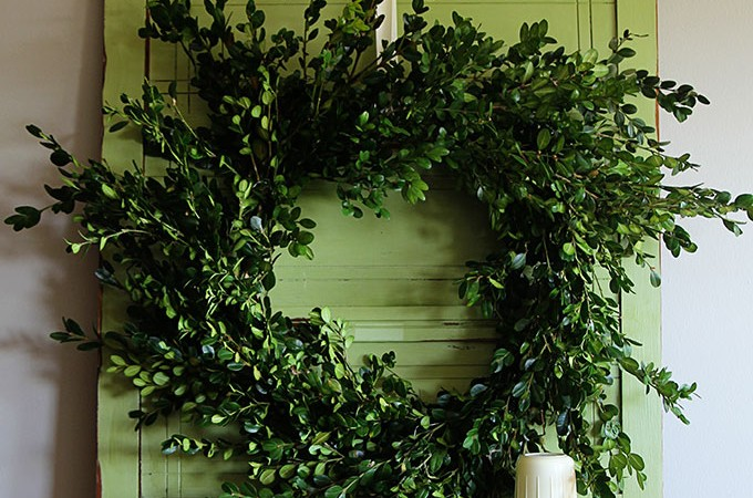 Quick And Easy Boxwood Wreath