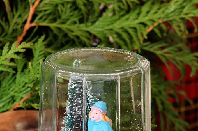 Super Easy DIY Snow Globe