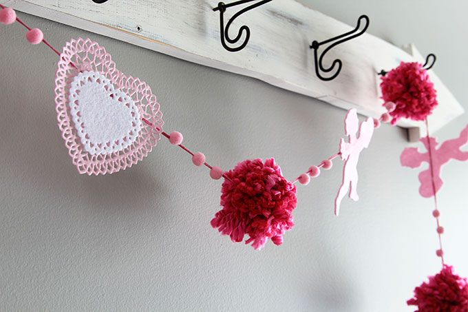 Learn how to make this quick and easy Valentines Day banner using items commonly found at the craft and dollar stores.
