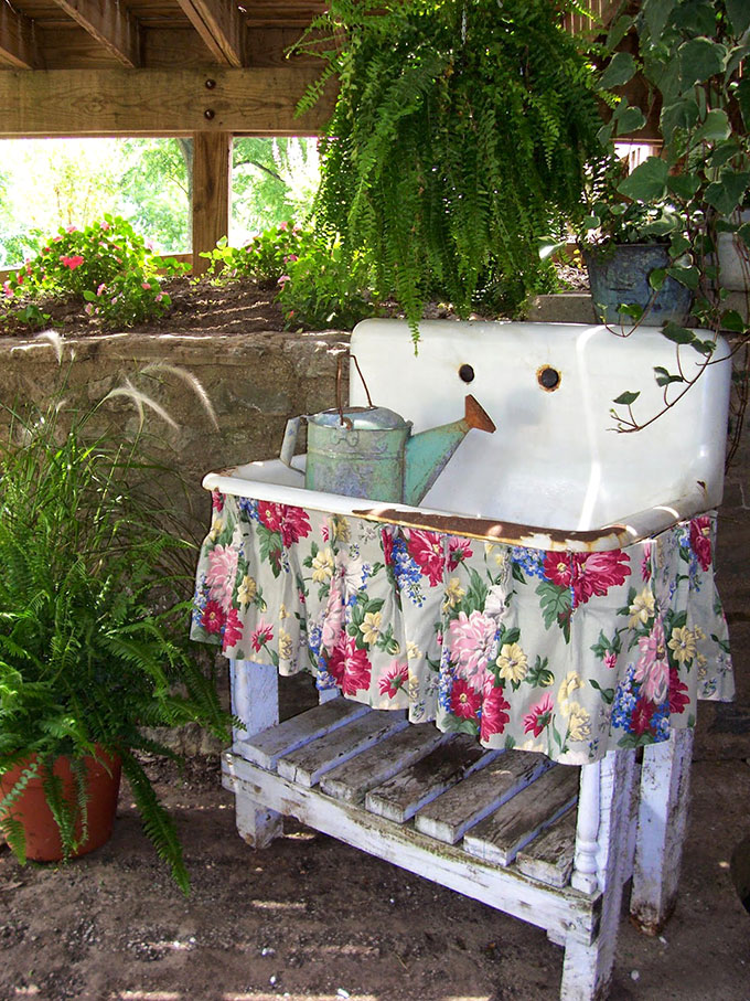 Potting Bench And Table Ideas House Of Hawthornes