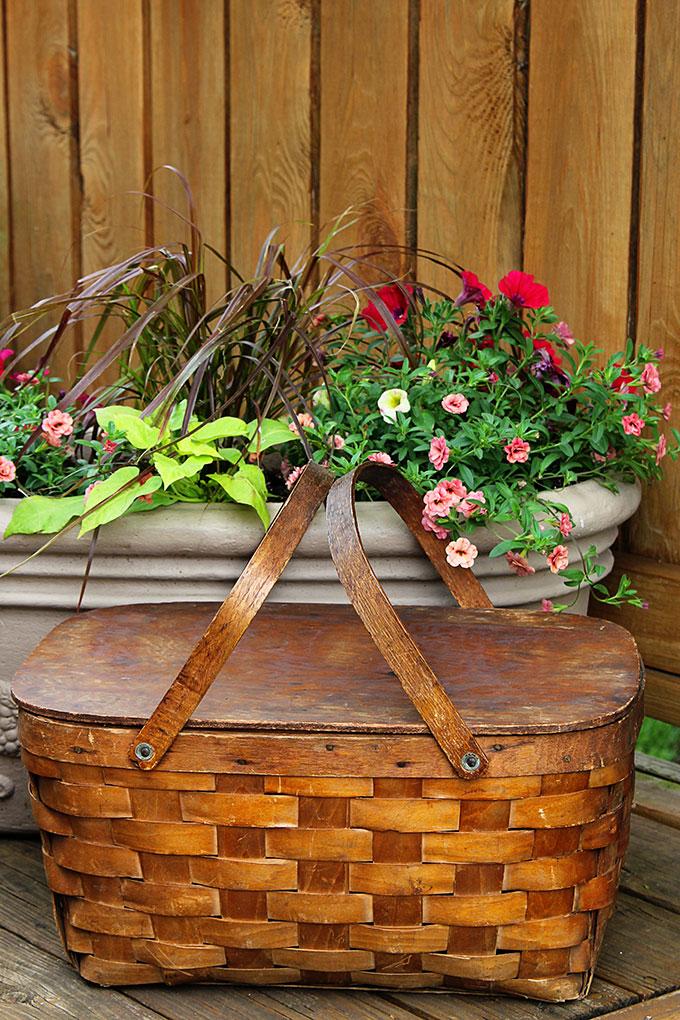Wooden Picnic Basket Set : Spring yard sale adventures house of hawthornes