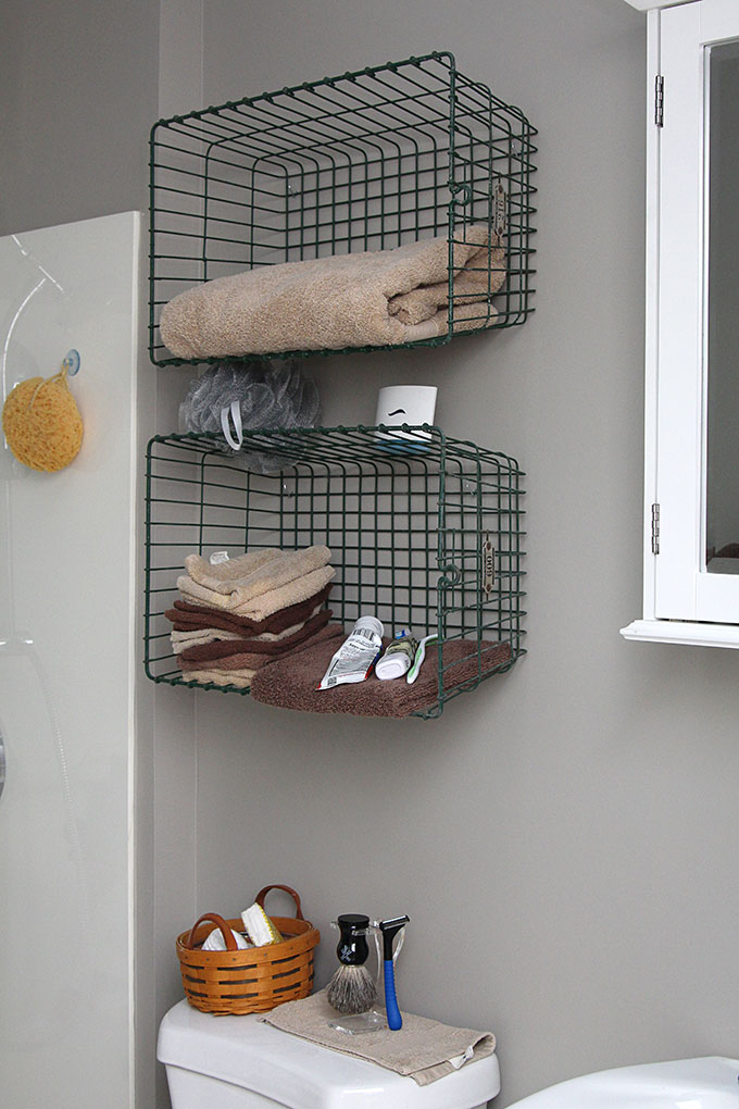 Super Easy Step By Step Tutorial For How To Make DIY Industrial Pipe Shelves  At A
