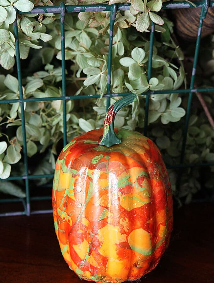 Marbleized Pumpkin Using Nail Polish