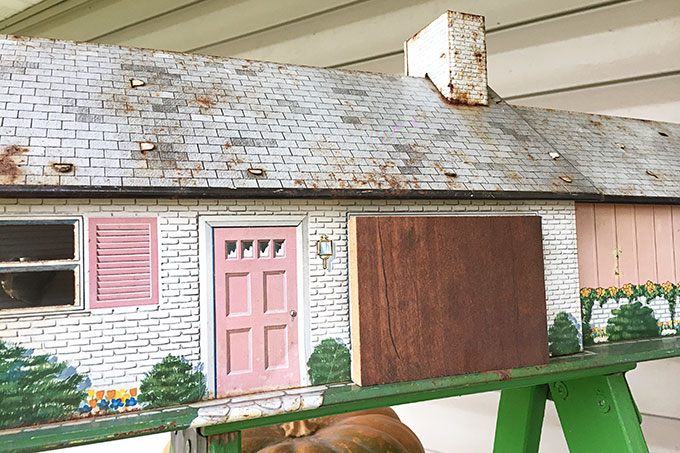 vintage-dollhouse-birdhouse-4663