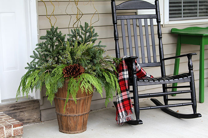 s outdoors blog the decorating mini ten design show front your ideas porch minutes to top appeal trees curb spirit festive for table holidays that ways holiday hgtv add in flair christmas