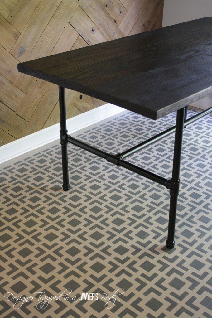 DIY industrial pipe dining table tutorial