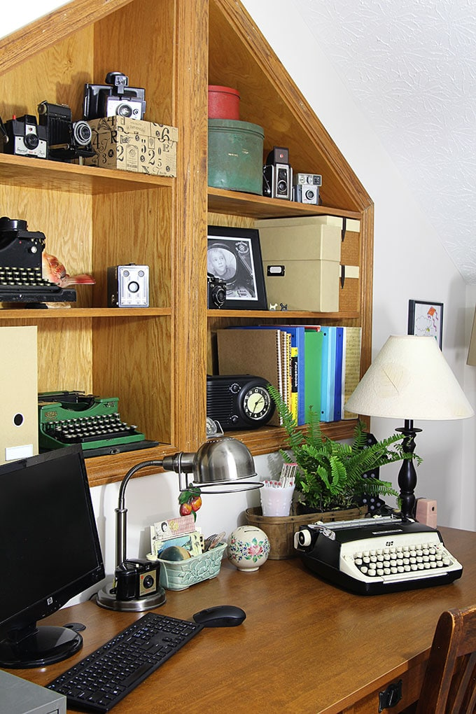 Home Office Decor: Vintage Style