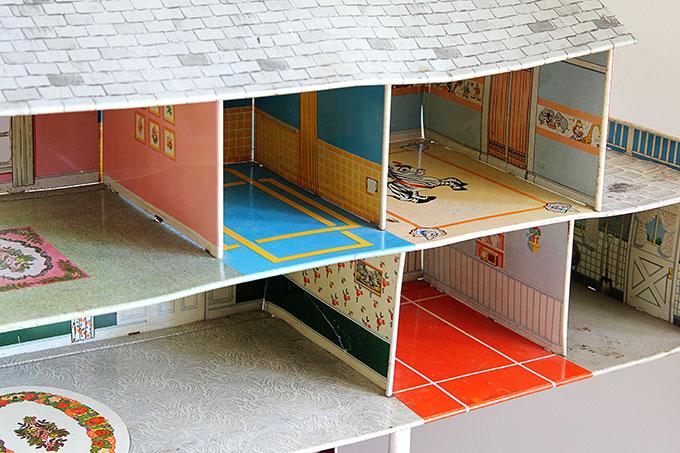 Interior of tin dollhouse