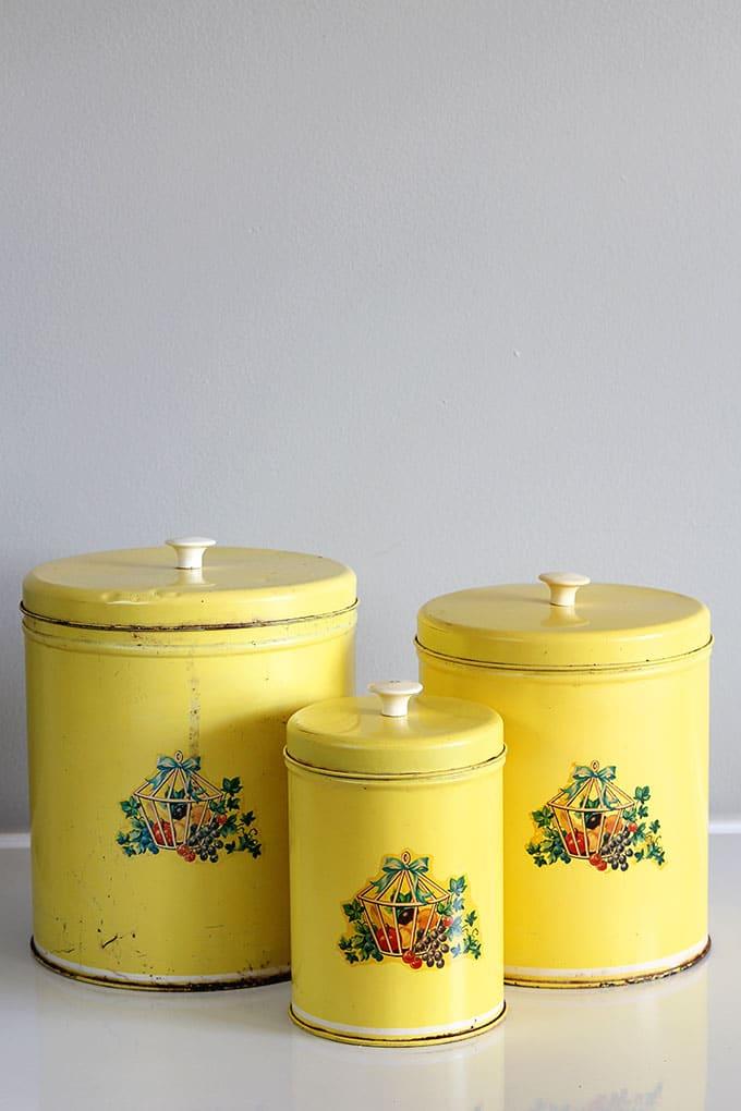 Retro kitchen canister set