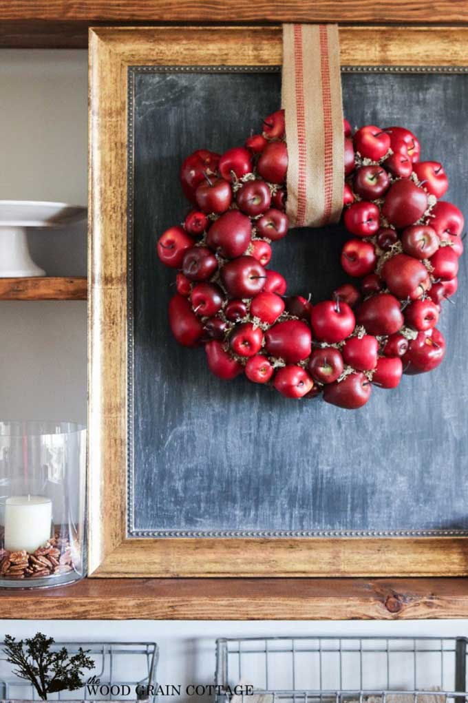 Fall apple wreath from the Wood Grain Cottage