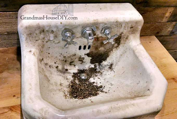 How to restore cast iron sink