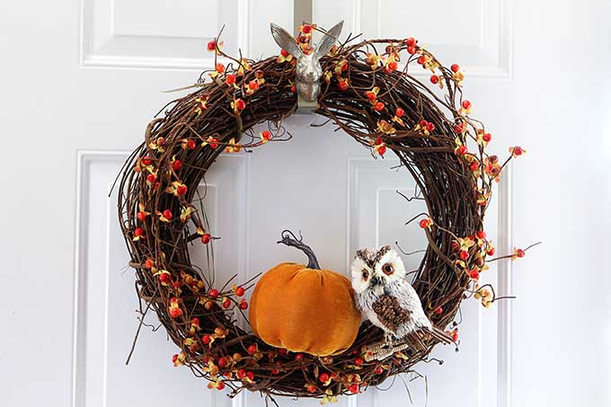 Fall grapevine wreath tutorial