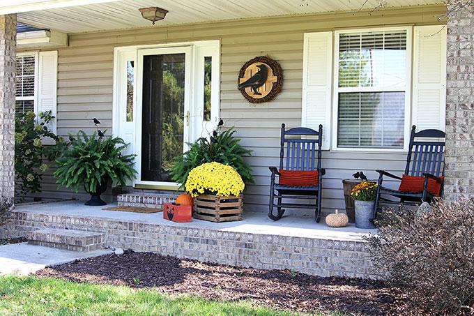 Fall porch decor for Halloween