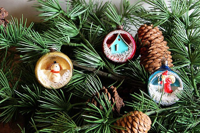 Vintage Shiny Brite diorama ornaments
